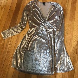 Never worn Forever21 velvet champagne dress MED